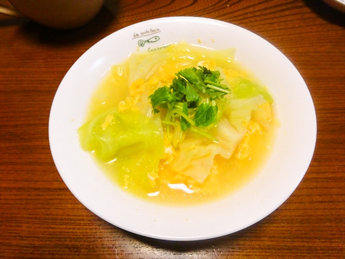春キャベツとふわふわ卵スープ2