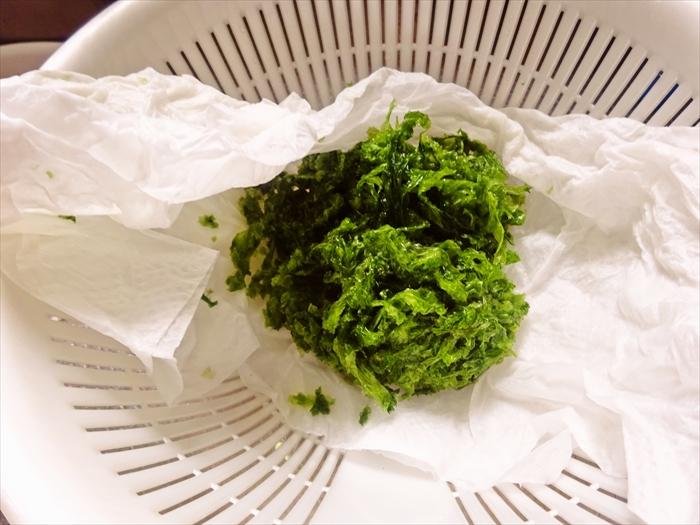 992214bba6d8f9335b391b42a4054052 お豆腐なしで厚揚げを再現!「えのきとアオサの厚揚げ風」レシピ